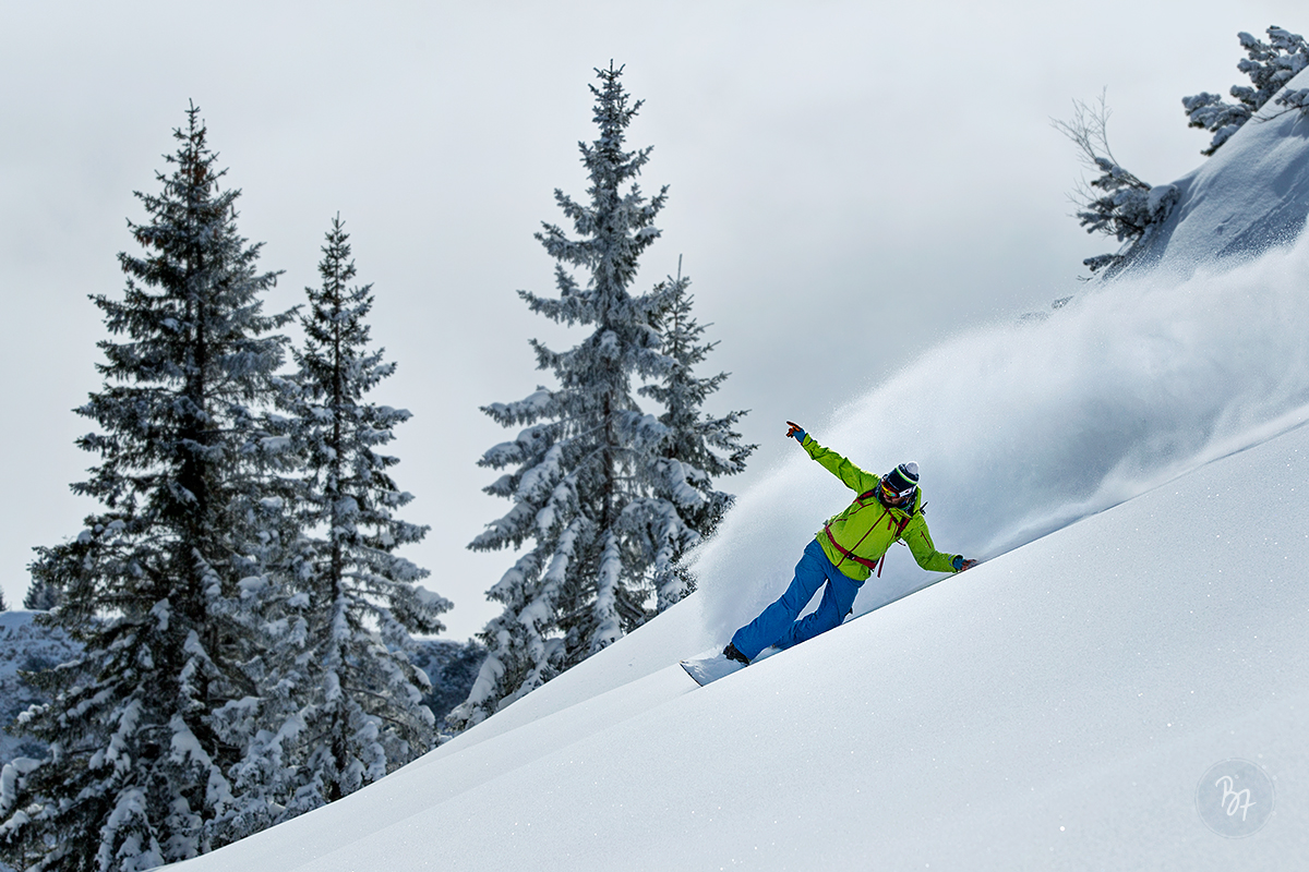 fv-snb-powdersurfing